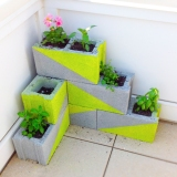 Friday Favorites – Upcycled Planters and … Strawberries!